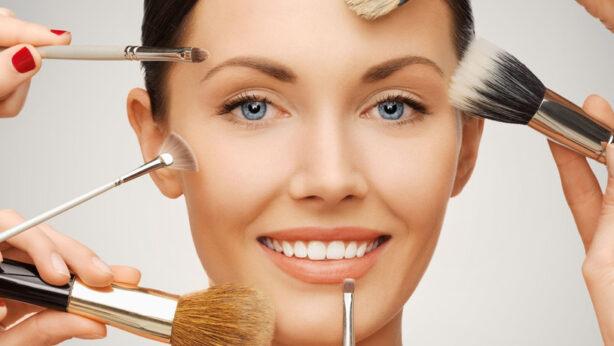 Les pinceaux de maquillage – Combien vous en faut-il vraiment?
