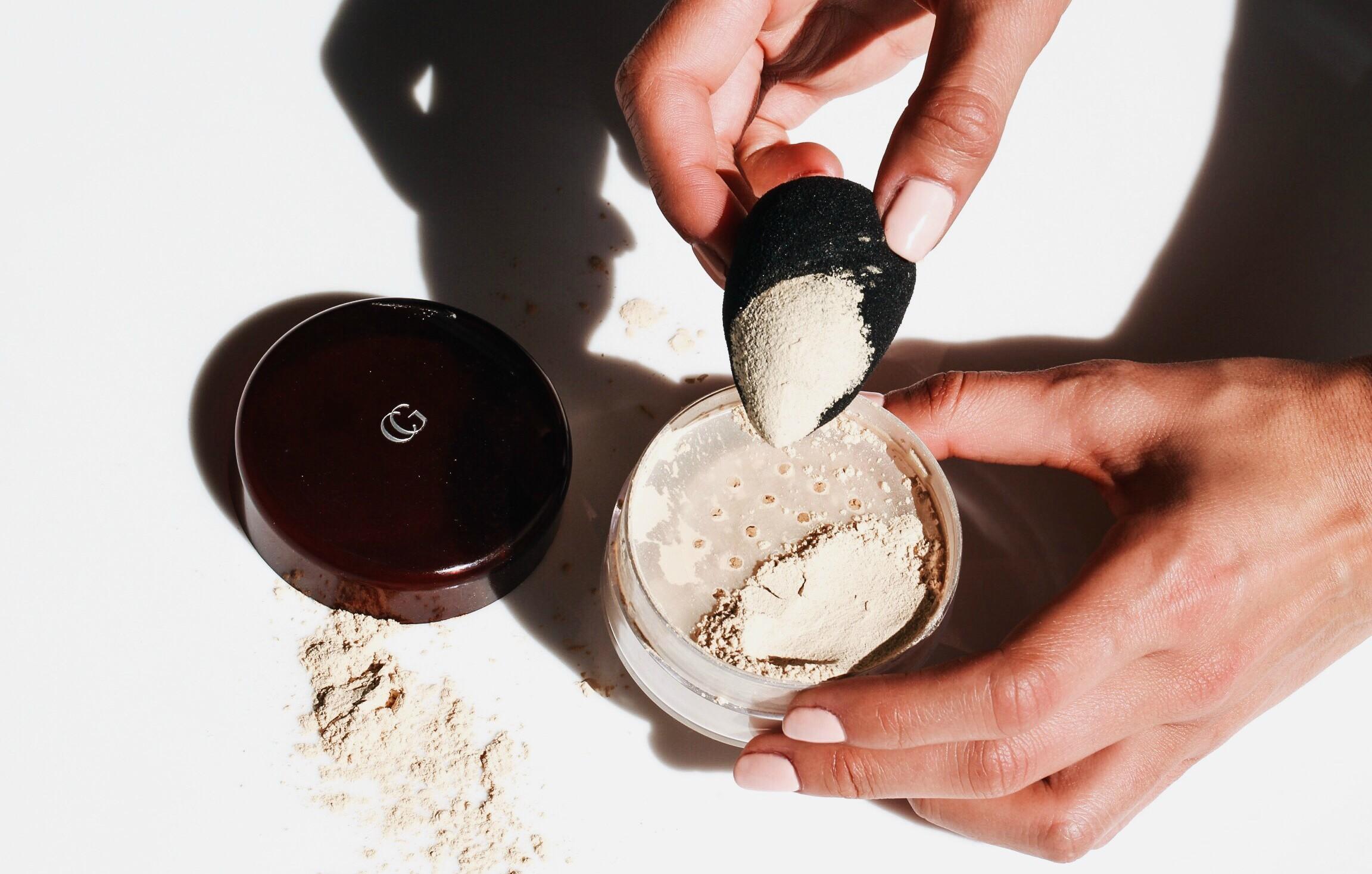 poudres-libres-fixatrices-de-maquillage.jpg